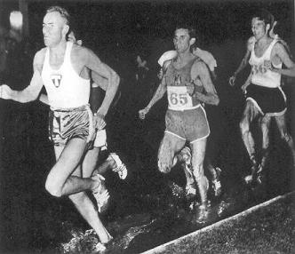 Tomás Barris (65) in the 1500 metres of the Karlstad (Sweden) International meeting, over a dirt track flooded by the the 1957 rains