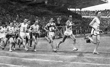 Barris in third place in the 1500 m. meeting in Helsinki in 1959